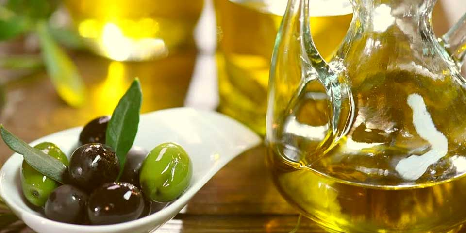 olive oil is good for fungal dandruff